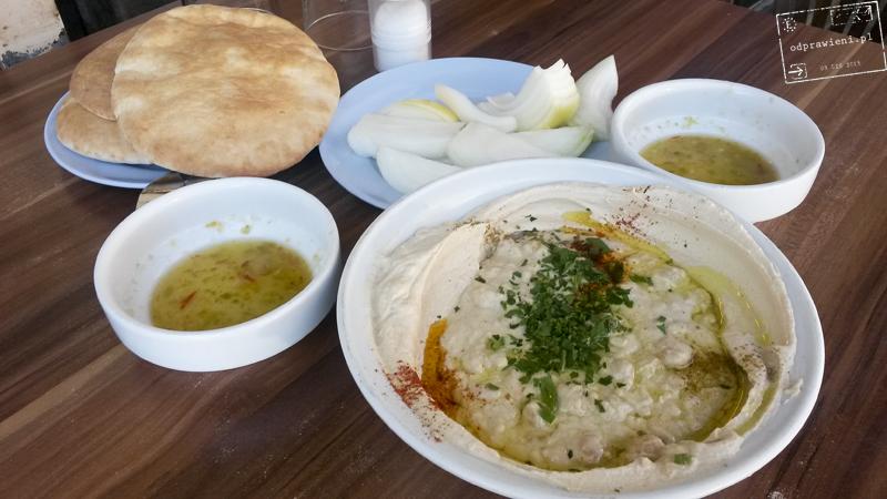 Jedzenie w Izraelu hummus