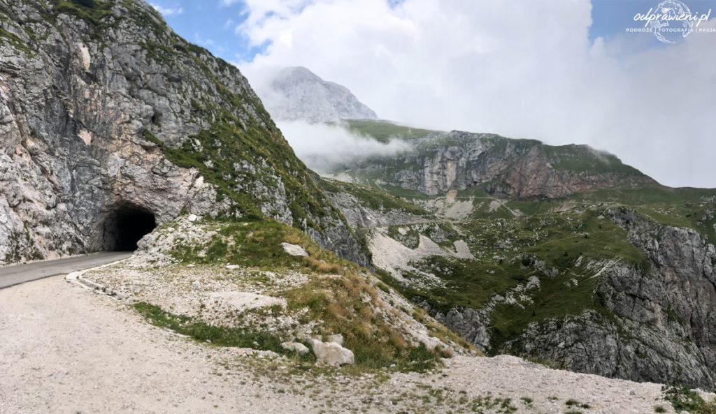 Przełęcz Mangart w Słowenii